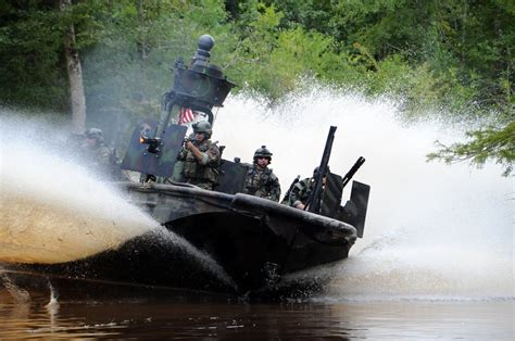 swcc boats navy s special warfare combat crew business insider