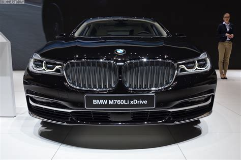bmw v12 this is the top bmw 7 series model bmw v12 m760li excellence