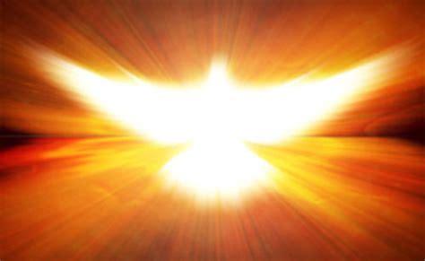 imagenes de dios jesus y espiritu santo el espiritu santo dador de vida en la iglesia al