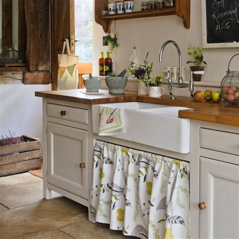 Country Kitchen Sink Ideas Select The Sink Country Kitchens For Summer Housetohome Co Uk