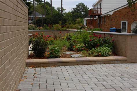 giardini piastrellati pavimenti x giardino pavimento fai da te con pallet with