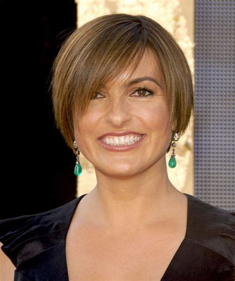 hairstyles for short hair olivia grace mariska hargitay hairstyles and round faces on pinterest