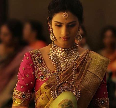 on pinterest saree blouse south indian bride and bridal sarees a3d0626f7f4b60845165a9fe799a3450 jpg 736 215 687 design