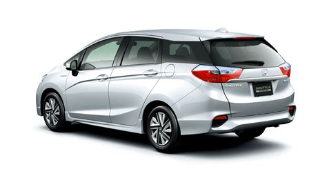 Honda Fit Shuttle honda stretches new shuttle to fit the japanese market