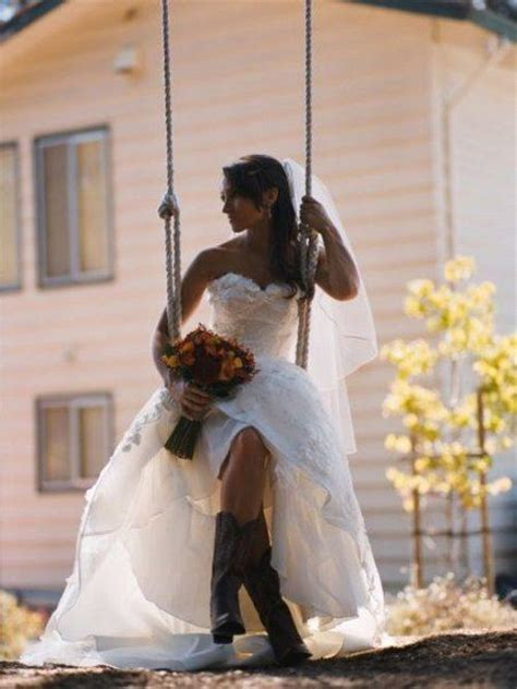 cute idea both for theme and photo opp country wedding