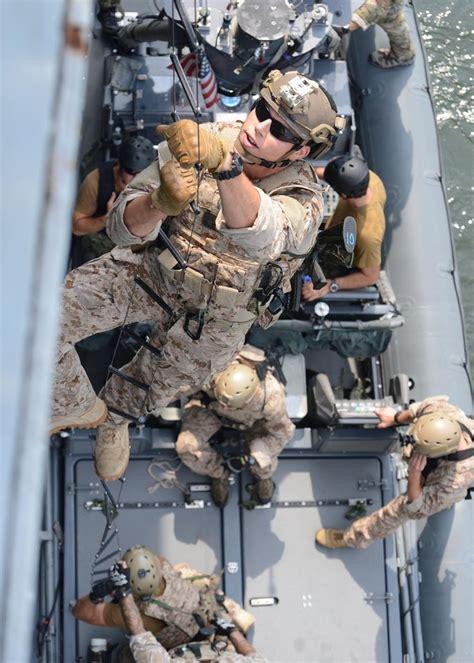 Navy Search Virginia Va July 16 2013 U S Navy Seals Sea