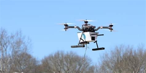 Drone Terbang quot drone quot bisa dijadikan bts pemancar sinyal di area bencana