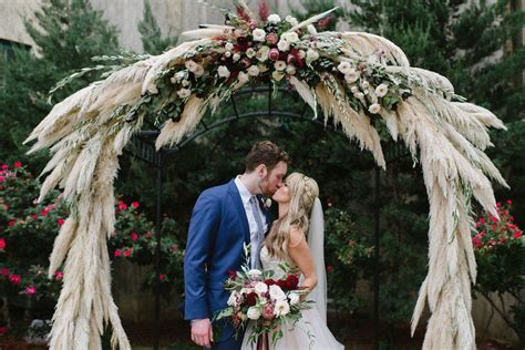The 2019 Wedding Trends to Know If You're Getting Married