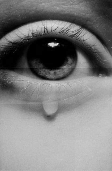el cuerpo eyes quot lloramos porque tal vez la emoci 243 n se vuelve tan intensa
