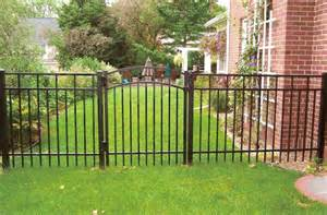 aluminum fences here s an affordable backyard alumi