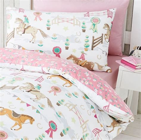 horse coverlet horse pony jumping show time duvet quilt cover daisy prize