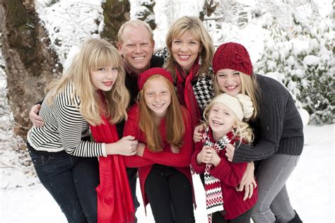 cute family christmas picture ideas wallpapers9