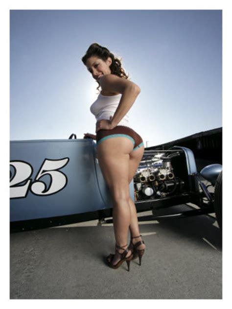 photos pinups hot babes cars and pin up girls tatooed girls