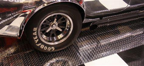 RaceDeck Pro? Diamond Plate Garage Floor ? Auto Show Floorint