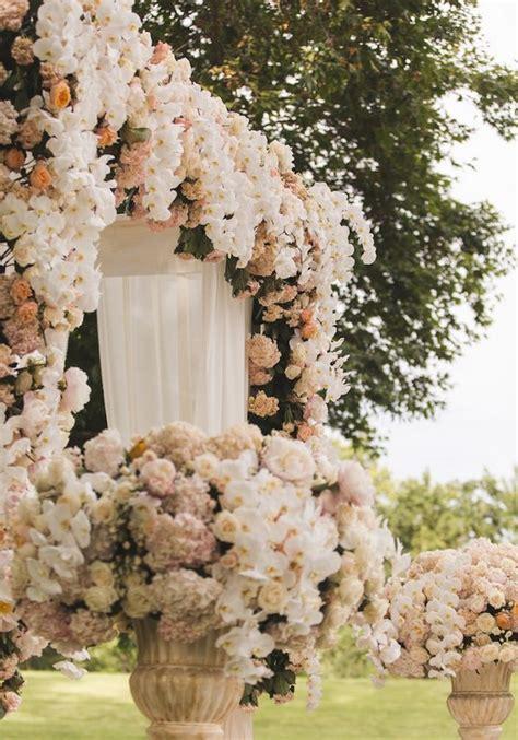 top 5 fairytale wedding theme ideas deer pearl flowers