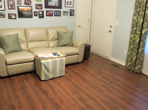 Flooring For Living Room And Kitchen by Laminate Wood Flooring For Kitchen Floor Agsaustin Org