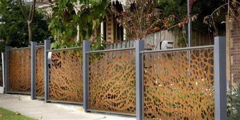 creative  inspiring garden fence ideas home