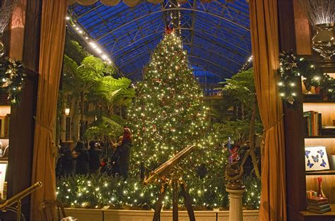 christmas decorations lancaster pa 9 places in pennsylvania that everyone must visit this winter
