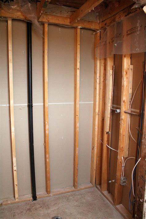 leaking bathroom floor spongy floor tiles zyouhoukan net