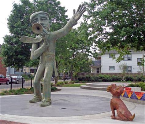 jazzman statue on buckeye rd in cleveland