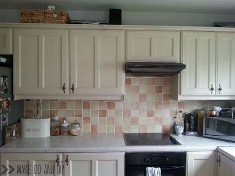 paint kitchen tiles backsplash painted tile backsplash cover those ugly tiles make do and diy