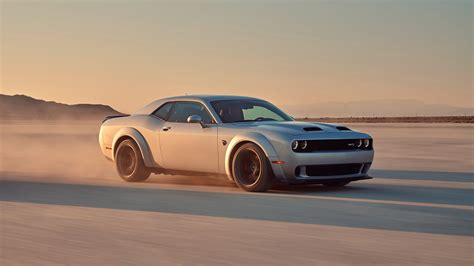 2019 dodge challenger srt 2019 dodge challenger srt hellcat wallpapers hd images