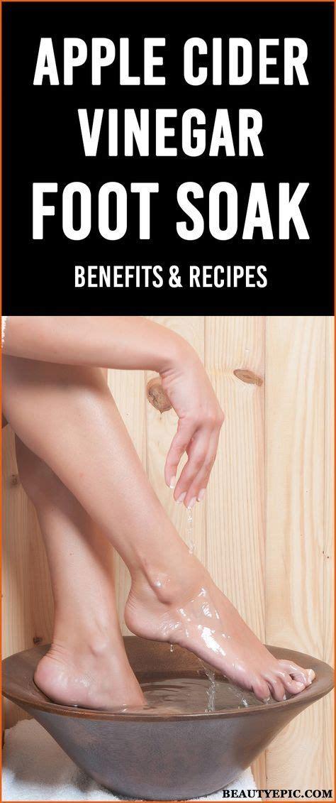 Apple Cider Foot Bath Detox by Best 25 Foot Soak Vinegar Ideas On Foot Scrub