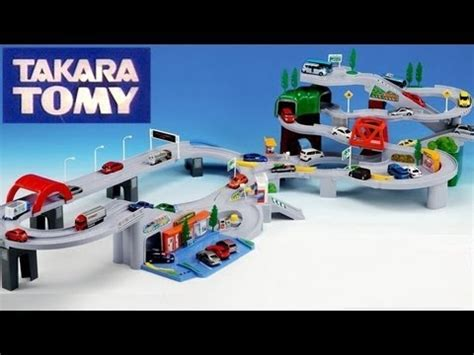 Tomica Auto Parking Garage by Tomica World Highway Busy Drive Speedway