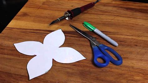 Creative Crafts With Paper - how to make wall decals from contact paper creative