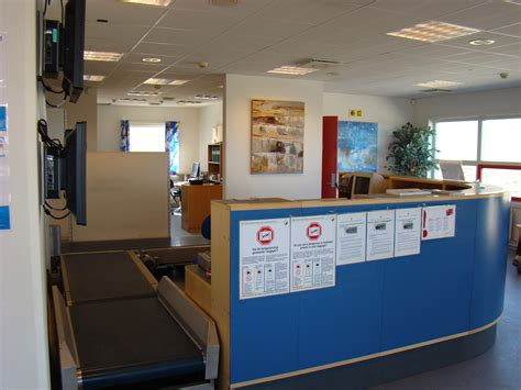 airport check in desk www pixshark com images