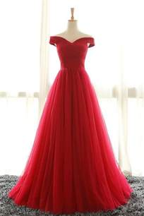 25 best ideas about off shoulder gown on pinterest dinner dresses ladies white dresses and