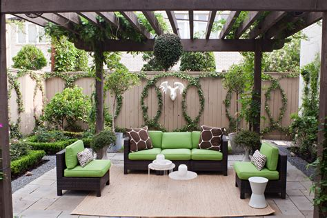 10 fantastic ideas for decorating your patio or garden