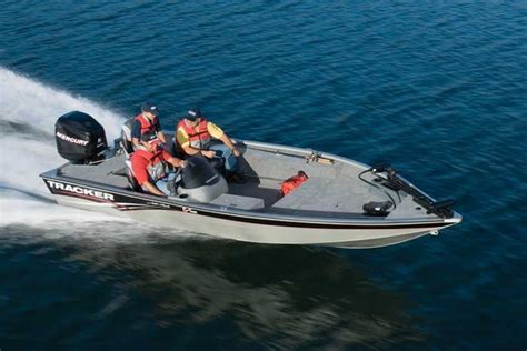 research tracker boats on iboats - Bass Fishing Tournament Boat Requirements