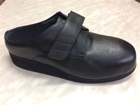 most comfortable shoes for surgeons custom made orthopaedic footwear perth surgical shoemakers