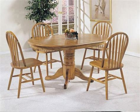Oak Pedestal Dining Table And Chairs Acme Furniture Nostalgia 5 Casual Dining Pedestal Table And Dining Chairs