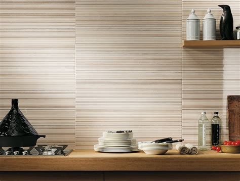 rivestimenti in ceramica per cucine mattonelle per cucina consigli cucine consigli sulle