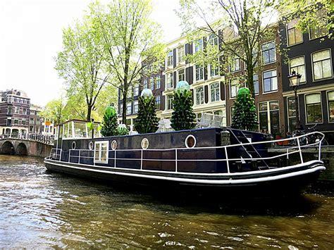 boat club amsterdam sleep on a houseboat in amsterdam rent a houseboat in