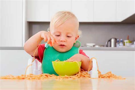 alimentos bebes 6 meses alimentaci 243 n del beb 233 de 12 meses beb 233