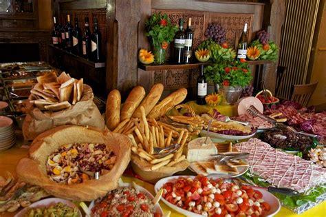 terrazza martini aperitivo prezzo el aperitivo milan 233 s una reversi 243 n happy hour