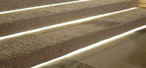 led verlichting strip tuin een veilige trap dankzij led verlichting compleetthuis
