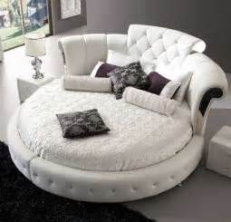 Chair Beds Cheap Romantica Round Chesterfield Style Bed In White Bonded