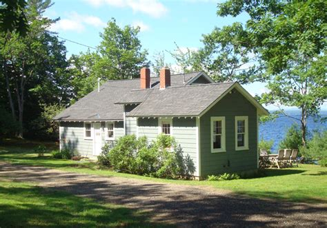 sebago lake cottages sldcar sebago lake raymond maine krainin real estate