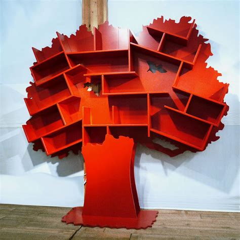 bookcase in tree shape bibliotheques arbres