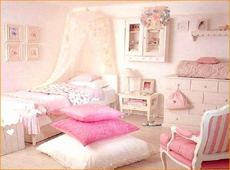 pink bedroom chair 12 pink chairs for bedrooms bedroom gallery image
