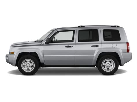 2009 Jeep Patriot Recalls 2009 Jeep Patriot Pictures Photos Gallery The Car Connection