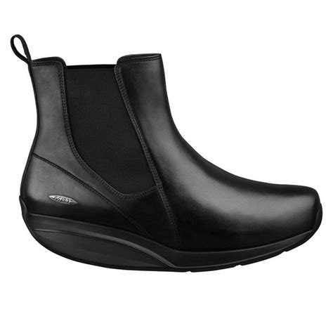 what is a comfortable shoe for standing all day international travel what is the most comfortable shoe