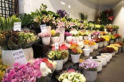 toko bunga mawar  medan jual aneka macam bunga mawar
