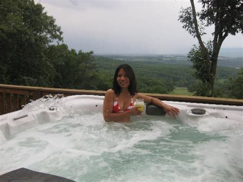 hot tub wife dare downstairs bedroom very roomy picture of rustic