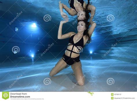 Underwater Bathtub Girls Beautiful Woman Underwater Stock Image Image Of Hair