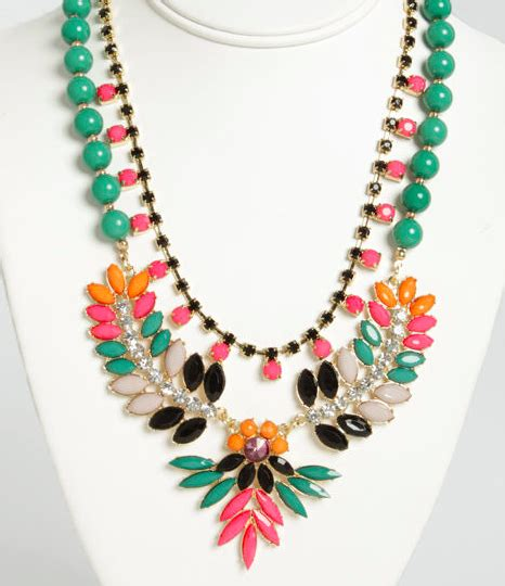 why we cheap chic statement necklaces that look